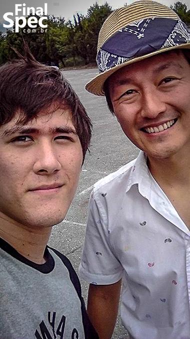 (C) Nick Nagano / ... E tire uma foto comigo!
